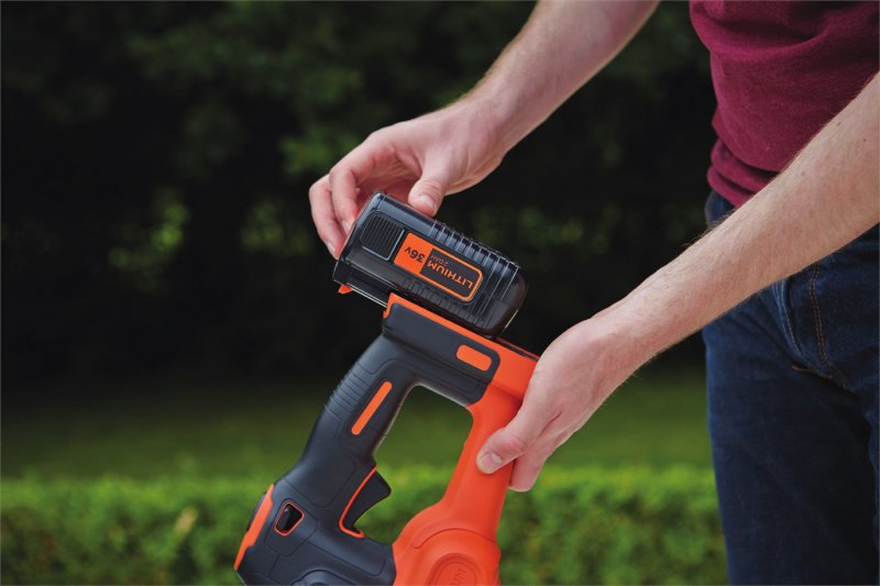 BLACK&DECKER GTC36552PC aku nůžky na živý plot 36V/2Ah LiIon